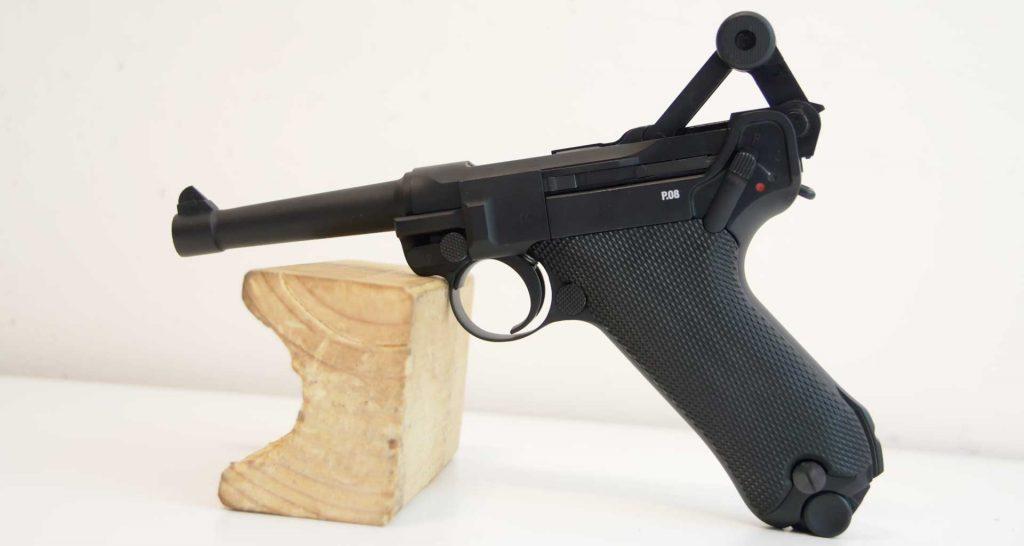 pistole p08